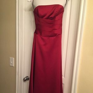 Alfred Angelo Deep red strapless formal gown
